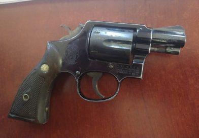 Jovencito cargaba con revólver en secundaria de Tapachula