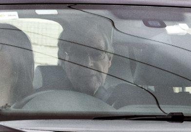 Sale de la cárcel el cardenal Pell; anulan sus condenas por pederastia