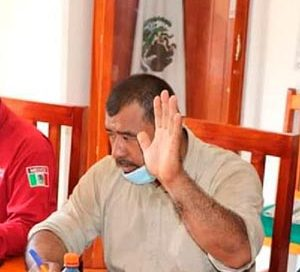 Ejecutan a balazos a director de la policía de Villacorzo